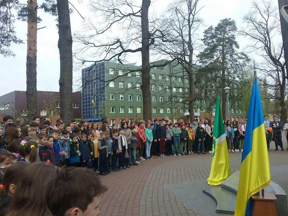 11 У Бучі вшанували пам'ять ліквідаторів наслідків аварії на Чорнобильській АЕС