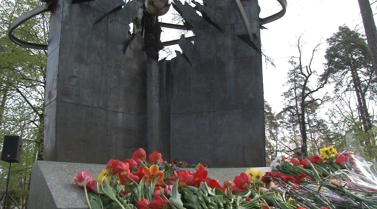 18-1 У Бучі вшанували пам'ять ліквідаторів наслідків аварії на Чорнобильській АЕС
