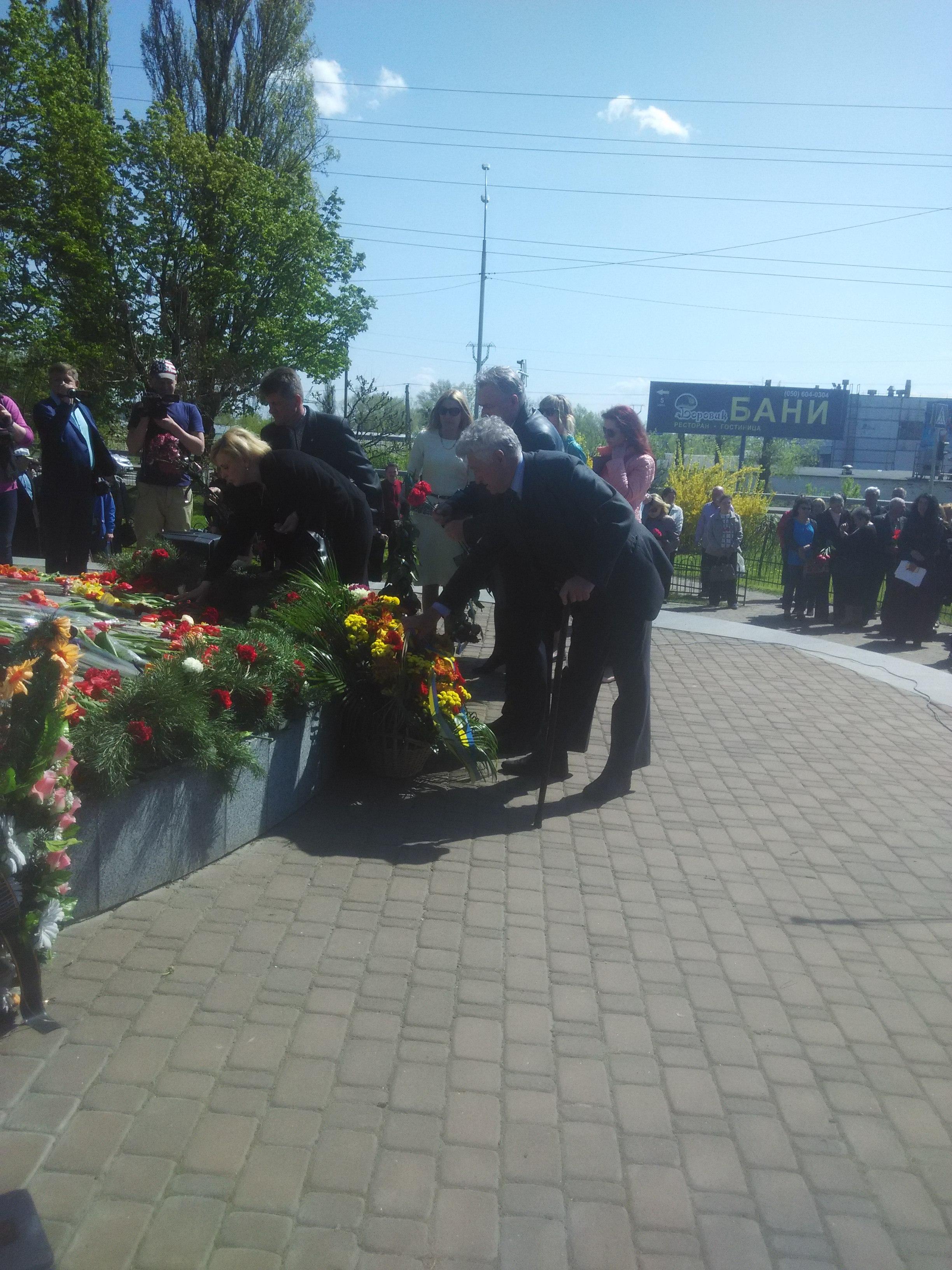 IMG_20180426_114100 Вишгородці вшанували день, коли вогонь Чорнобиля опалив землю і душі мільйонів людей