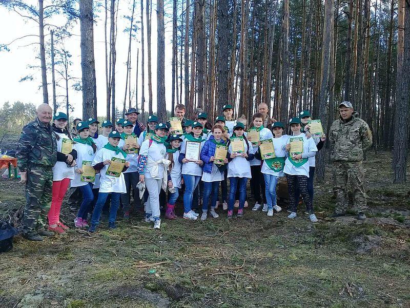 lis_1 Бородянські школярі висадили дерева на лісовій ділянці площею 0,9 га