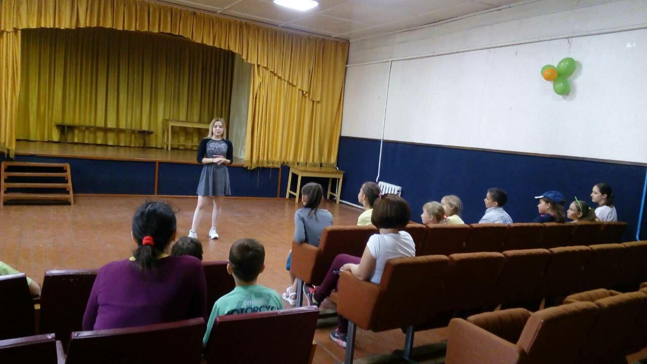1505_sentu_5 Зірка серіалу «Школа» провела майстер-клас з акторської майстерності для дітлахів з Клавдієвого