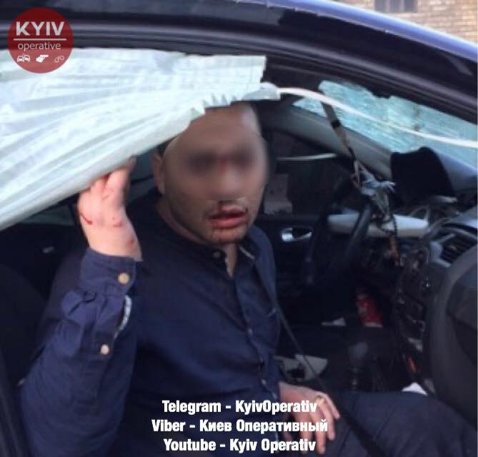 Нетверезий кермувальник на Гостомельському шосе пошкодив декілька автомобілів
