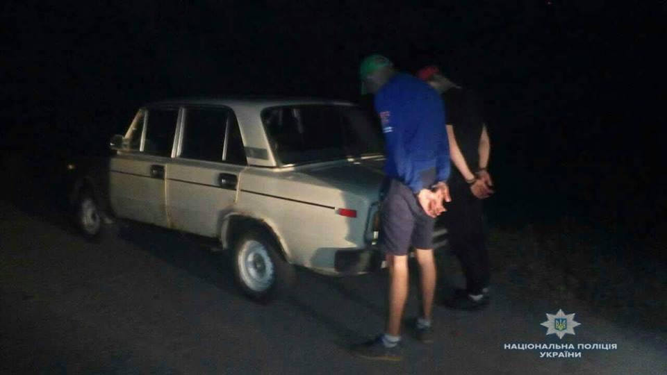"""Завдяки плану """"Перехоплення"""" макарівські правоохоронці затримали двох викрадачів автомобіля"""