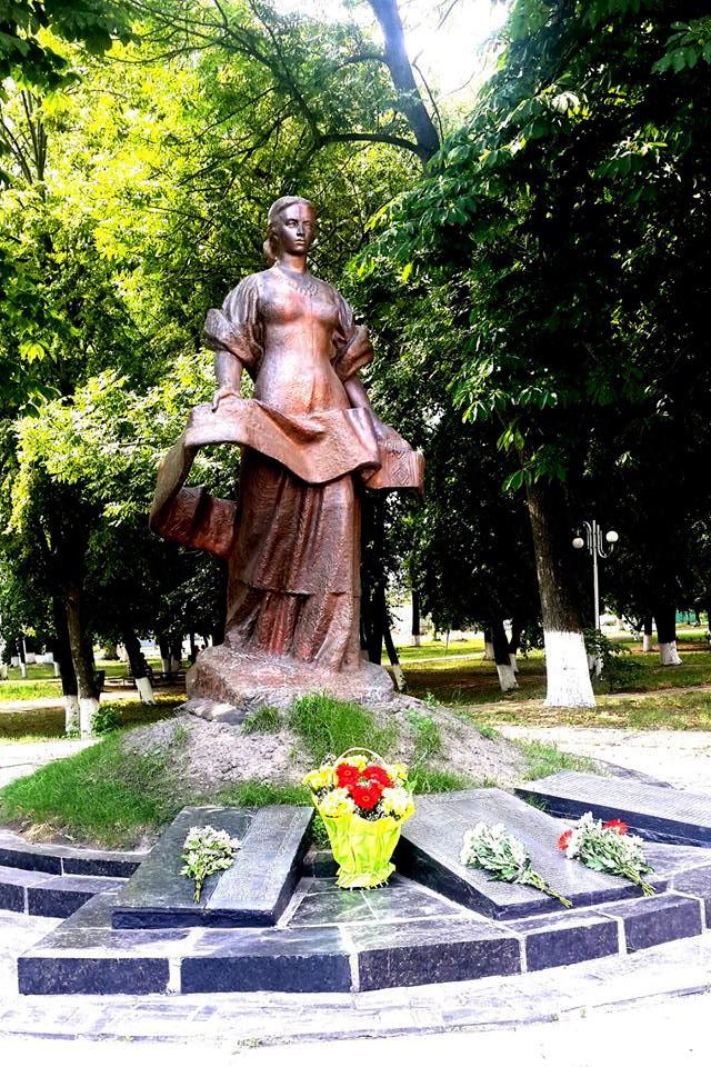 2206_den-skorboty В Бородянці вшанували пам'ять жертв війни