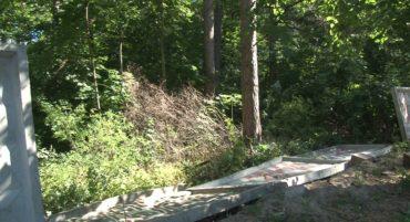 Знищення ДСО в Ірпені: новий етап протистояння між громадою та забудовниками, які готують котлован під висотку