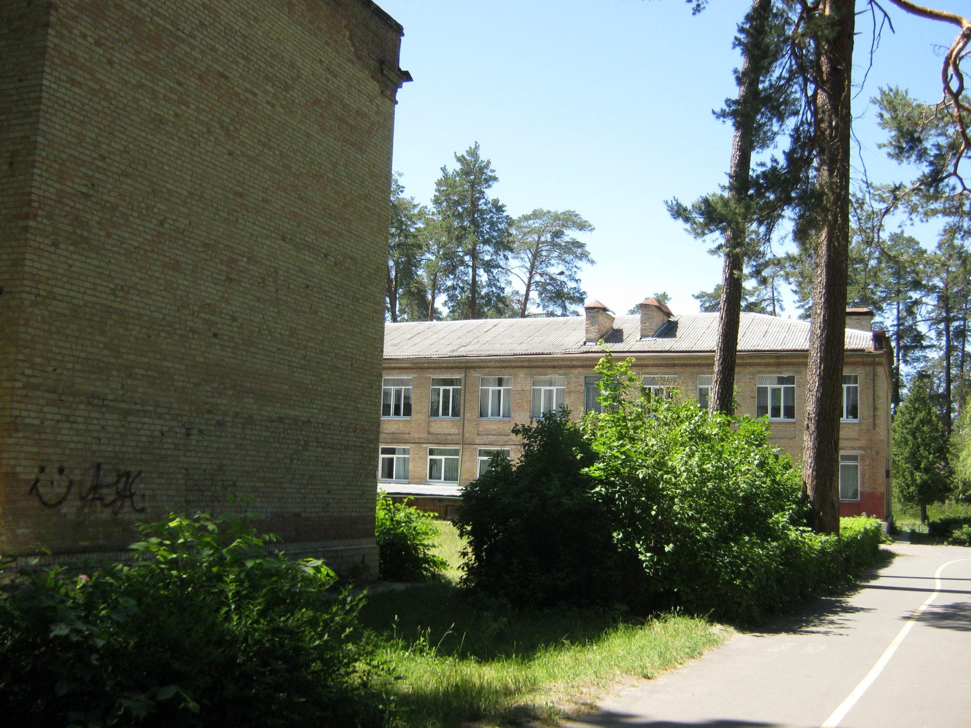 У Ворзелі розпочалися роботи з капітального ремонту школи