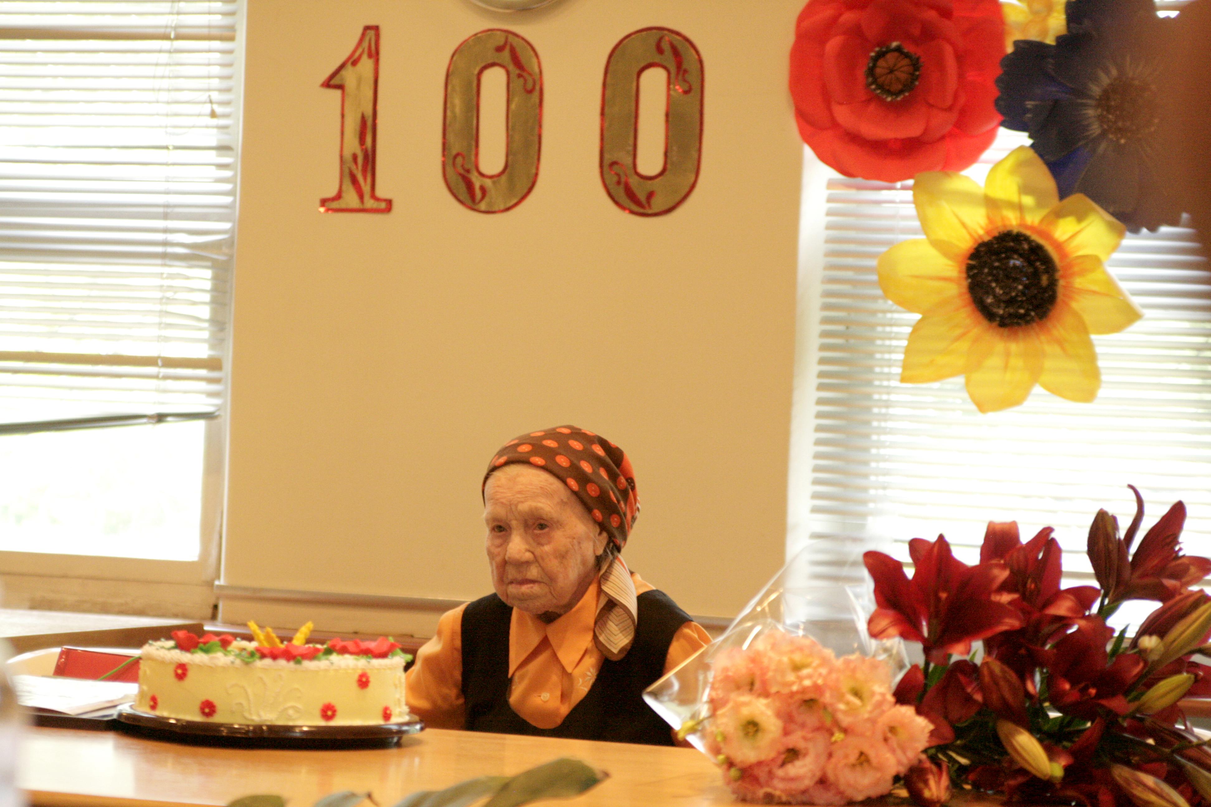 MG_3283 Секрет довголіття: мешканку Бородянки привітали із 100-річчям