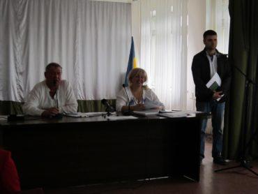 Помічник нардепа засудив бездіяльність Гостомельського селищного голови на ниві боротьби з корупцією