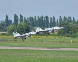 Тренувальні польоти над Васильковом напередодні повітряного параду