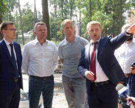 У Бучі губернатор Київщини Олександр Горган проінспектував хід будівництва Пластового вишкільного центру