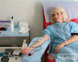 Кров для онкохворої дитини: ірпінські поліцейські долучилися до порятунку дворічного Богдана Жукова