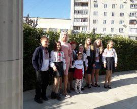 Торкнутися глибинних струн душі: учні та викладачі Ірпінської дитячої школи мистецтв порадували людей концертом