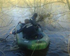 Рятувальники виловили тіло чоловіка зі ставка в Глевасі