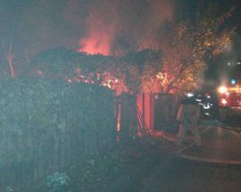 У Фастові згорів дерев'яний будинок загинула людина