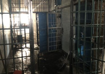 Адміністрація Бучанської виправної колонії безпідставно помістила двох засуджених до дисциплінарного ізолятора