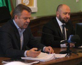 Черговий кабінет, нові футбольне поле та об'єкти міської інфраструктури — основні рішення бучанської сесії