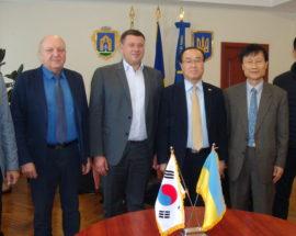 Підписано меморандум між Броварами та південнокорейською компанією
