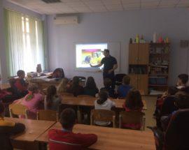 Відкритий урок з безпеки: у Ворзелі ірпінські рятувальники навчали школярів правилам виживання у складних ситуаціях