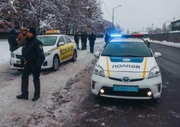 Викрадення машини таксі підполковником СБУ у Києві