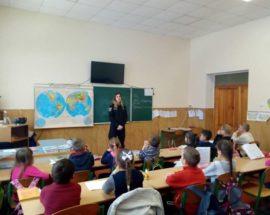 Про права й обов'язки дітей розповіли школярам поліцейські Василькова