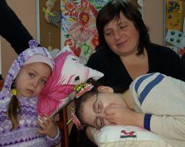 З нагоди Дня інвалідів у Фастові пройшла «Піжамна вечірка», а у районі роздавали подарунки