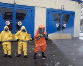 Рятувальники Васильківського району пригадували, як працювати в костюмі хімзахисту