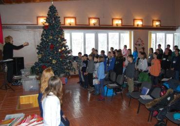 «Музика – це наука і мова душі»: у Василькові триває музичний різдвяний табір для дітей