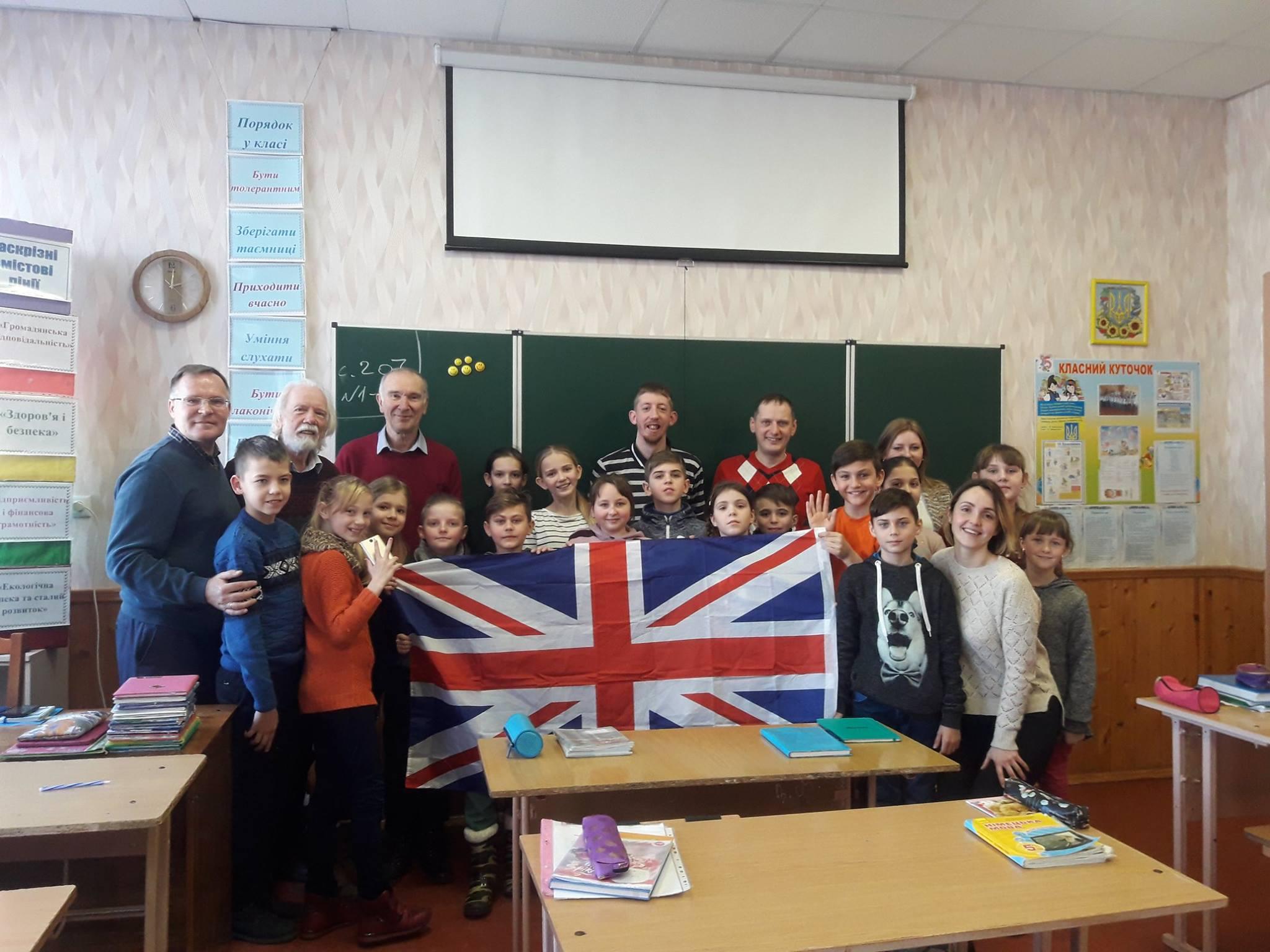 07 Громадяни Великої Британії завітали до школярів