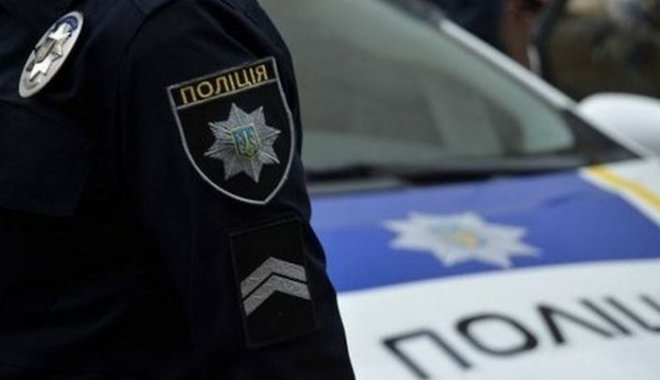 1521124391_policiia-m Поліцейські затримали вишгородця та висадили його на трасі: він помер від переохолодження