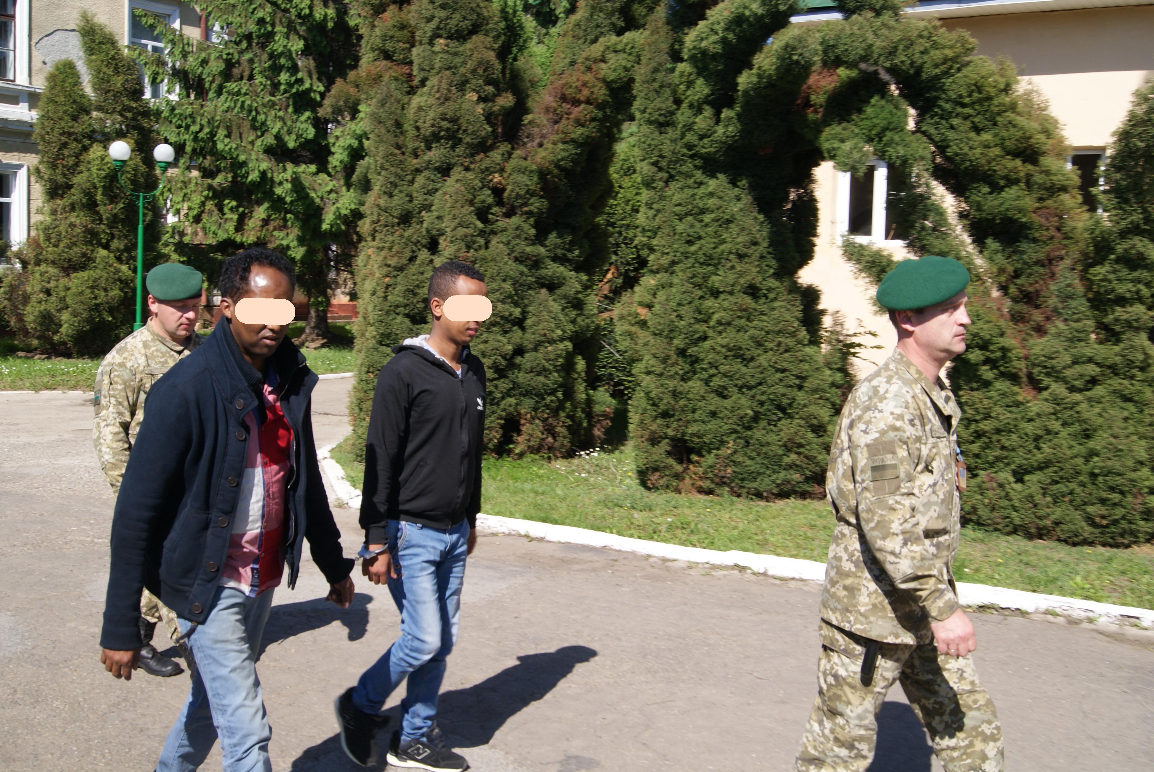 DSC03315 Прикордонники порушують права іноземців