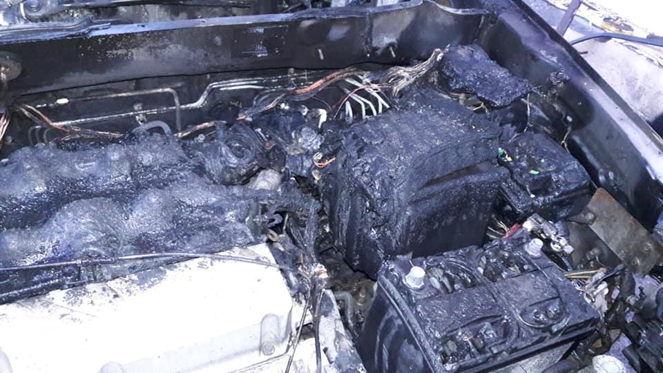 Lavr-spal-2 Олексій Зіневич підозрює Карплюка і забудовників у підпалі машини ірпінського депутата Кухалейшвілі