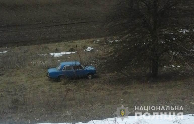 На Білоцерківщині п'яна компанія каталась у краденому авто, доки не закінчилось пальне