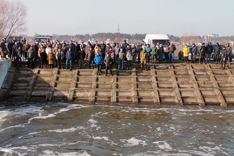 Ірпінці зібралися на збори проти знищення заплави річки