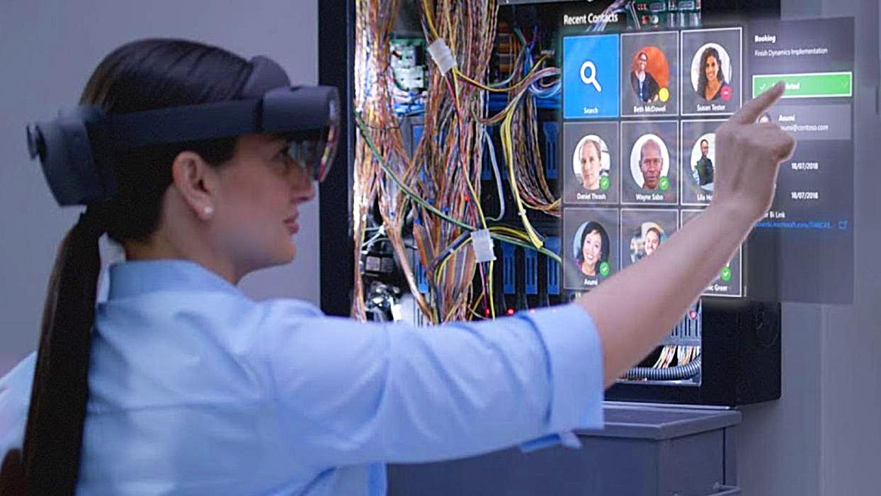 Microsoft HoloLens 2 – нове покоління гарнітур змішаної реальності