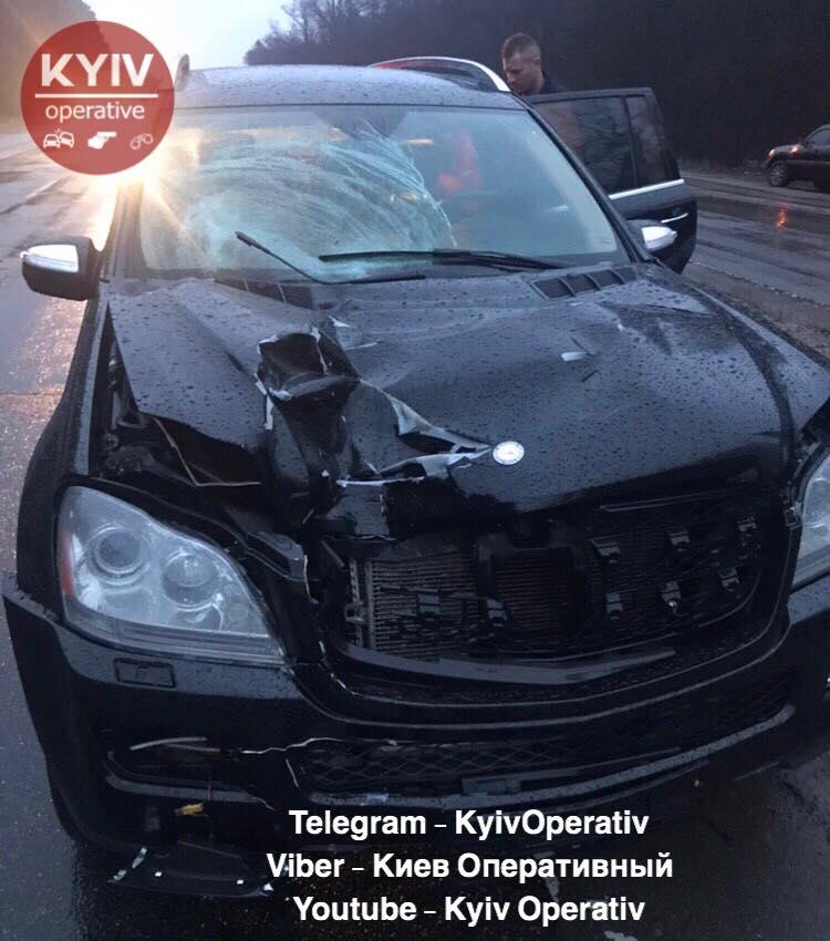 Біля Залісся на Броварщині в ДТП загинув пішохід