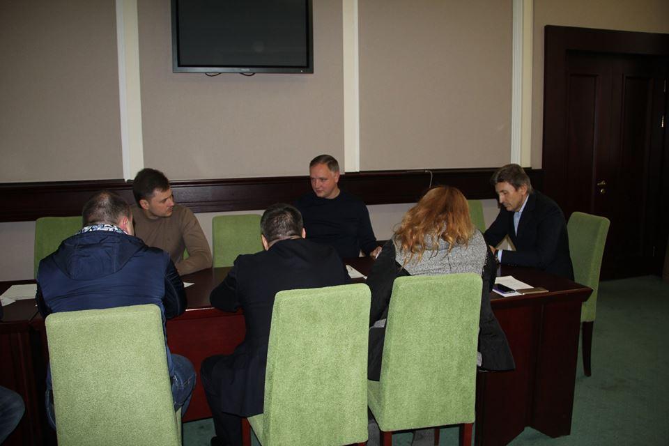 Депутати Київоблради: нелегальні газові заправки - корупція і небезпека