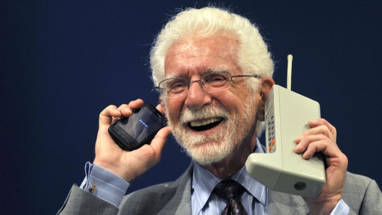 7 березня - День народження телефону