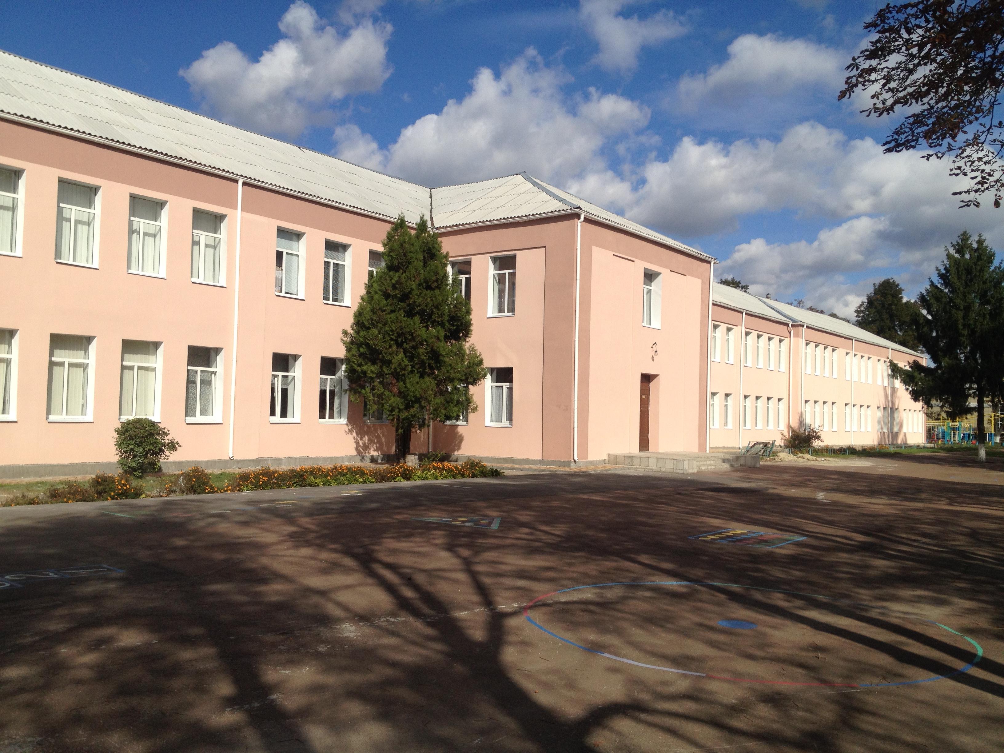 Школи в Броварах отримали фінансову автономію