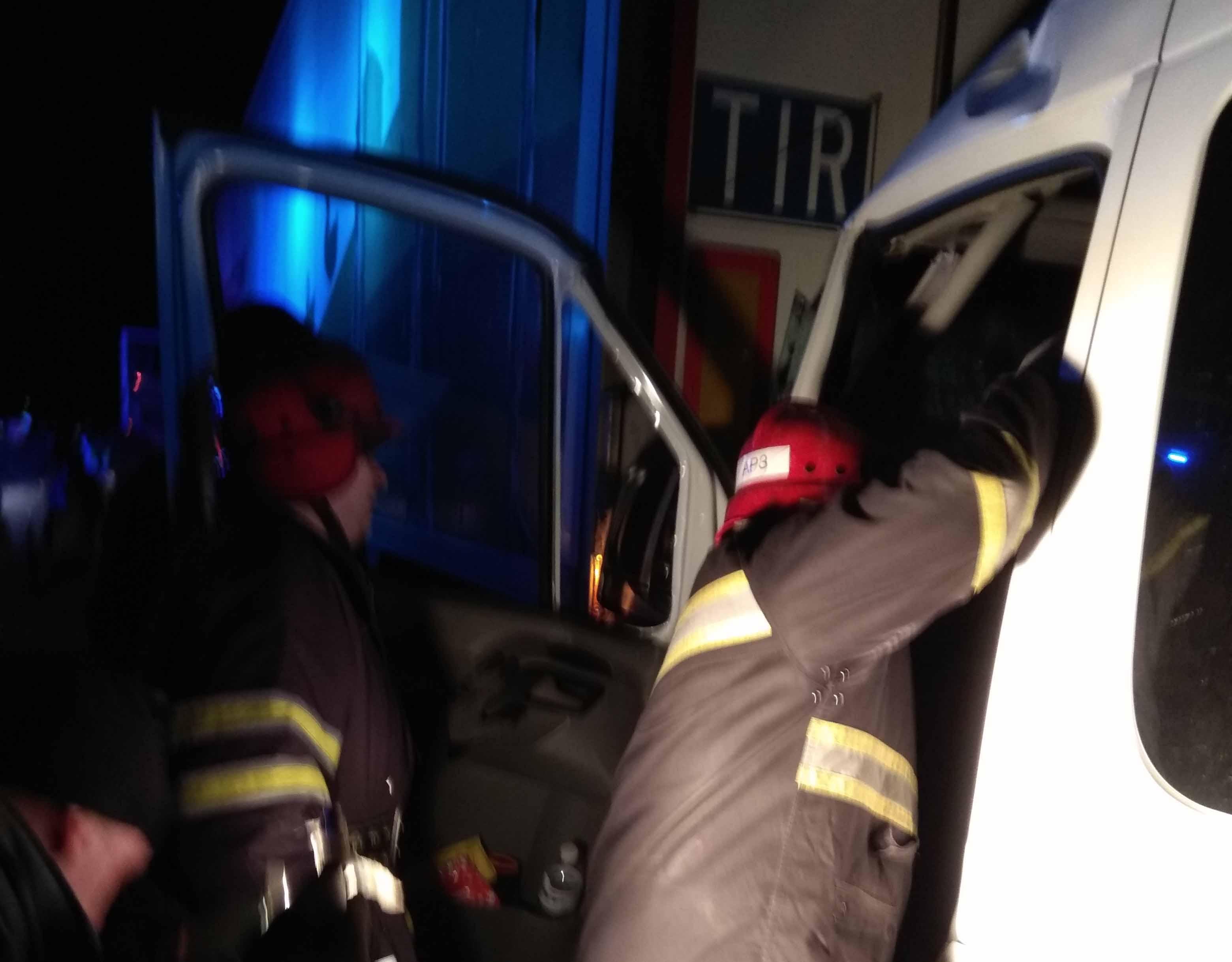 На Одеській трасі сталось ДТП білоцерківські рятувальники прийшли на допомогу