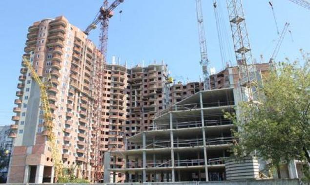Чи побудують у Борисполі новий басейн - Довгобуд, Бориспіль, Басейн - two column hh2Y2hrf