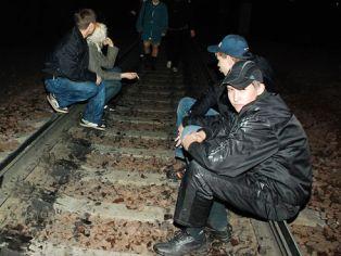 Діти розважаються : на Обухівщині затримали групу малолітніх вандалів, що руйнували залізничне майно -  - 9a75a882674535c17b8ce9b32d94cabd