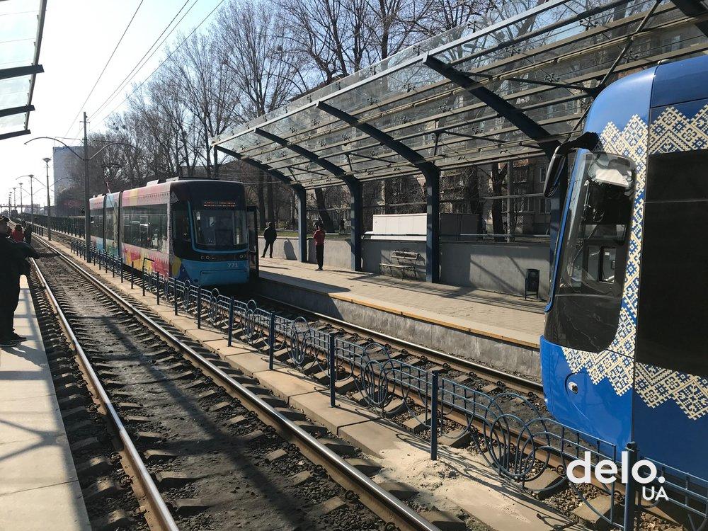 Рух трамваїв заблоковано: смертельний інцидент на колії -  - picture tramvaj 57567 p0