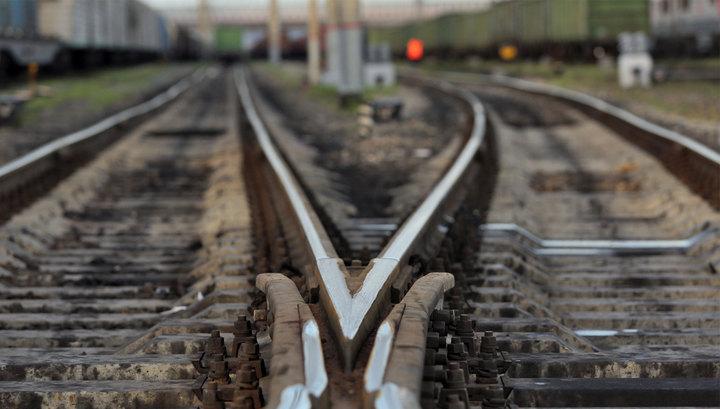 Діти розважаються : на Обухівщині затримали групу малолітніх вандалів, що руйнували залізничне майно -  - xw 1030205