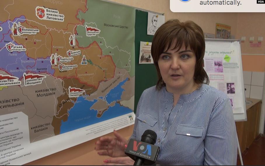 Українських школярів навчають розпізнавати фейки в інтернеті - фейки, Україна, пілотний проект, медіаграмотність, дезінформація в інтернеті - 0510 Fejky Stepanenko