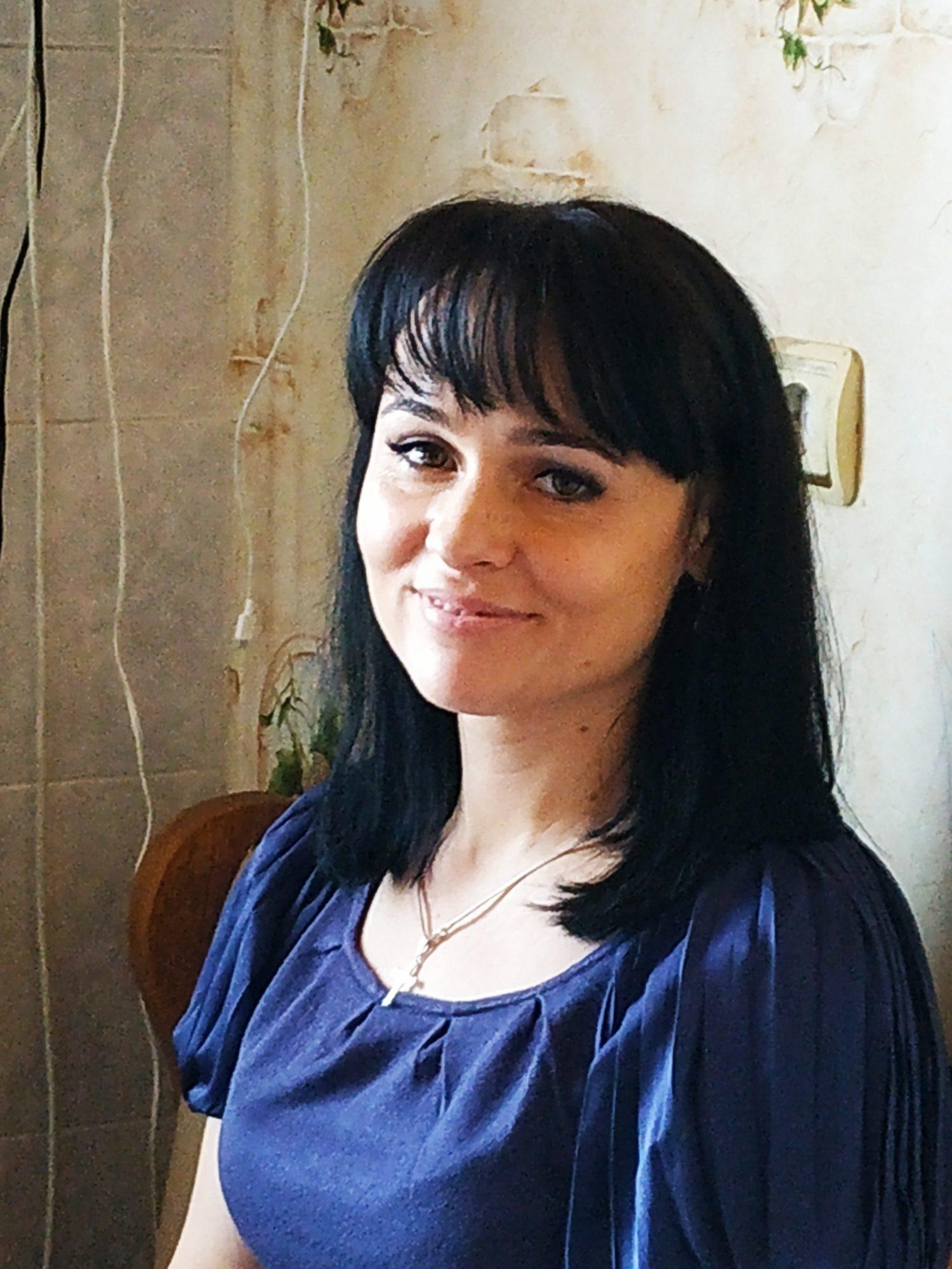 У Вишгороді створюють банк одягу - Червоний Хрест, приміщення для благодійних цілей, київщина, Вишгород, банк одягу, асоціація багатодітних родин «Перлина» - 0510 Olya Kondratyuk 1500x2000