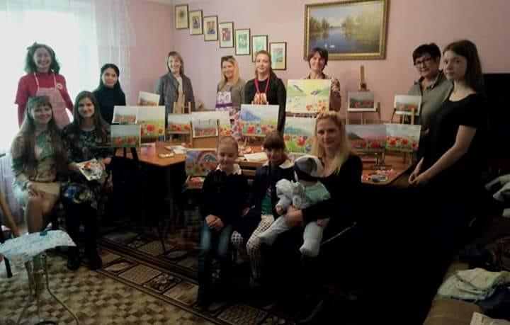 У Вишгороді проходить творча акція «Тссс… Матуся…» - київщина, День матері, Вишгород - 0513 TCHH mamy3