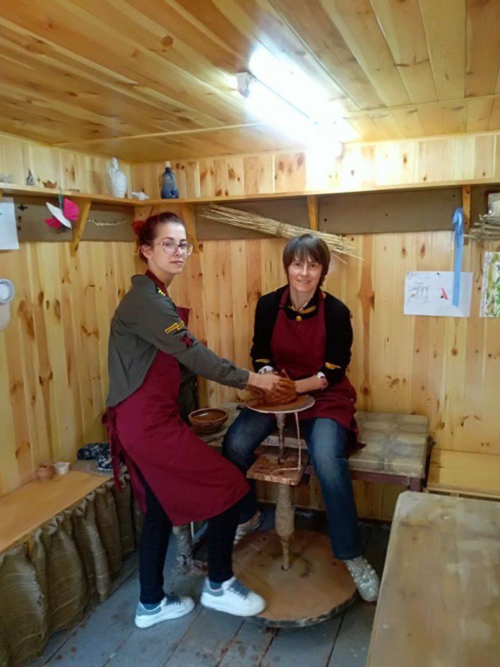 У Вишгороді проходить творча акція «Тссс… Матуся…» - київщина, День матері, Вишгород - 0513 TCHH mamy gonch1