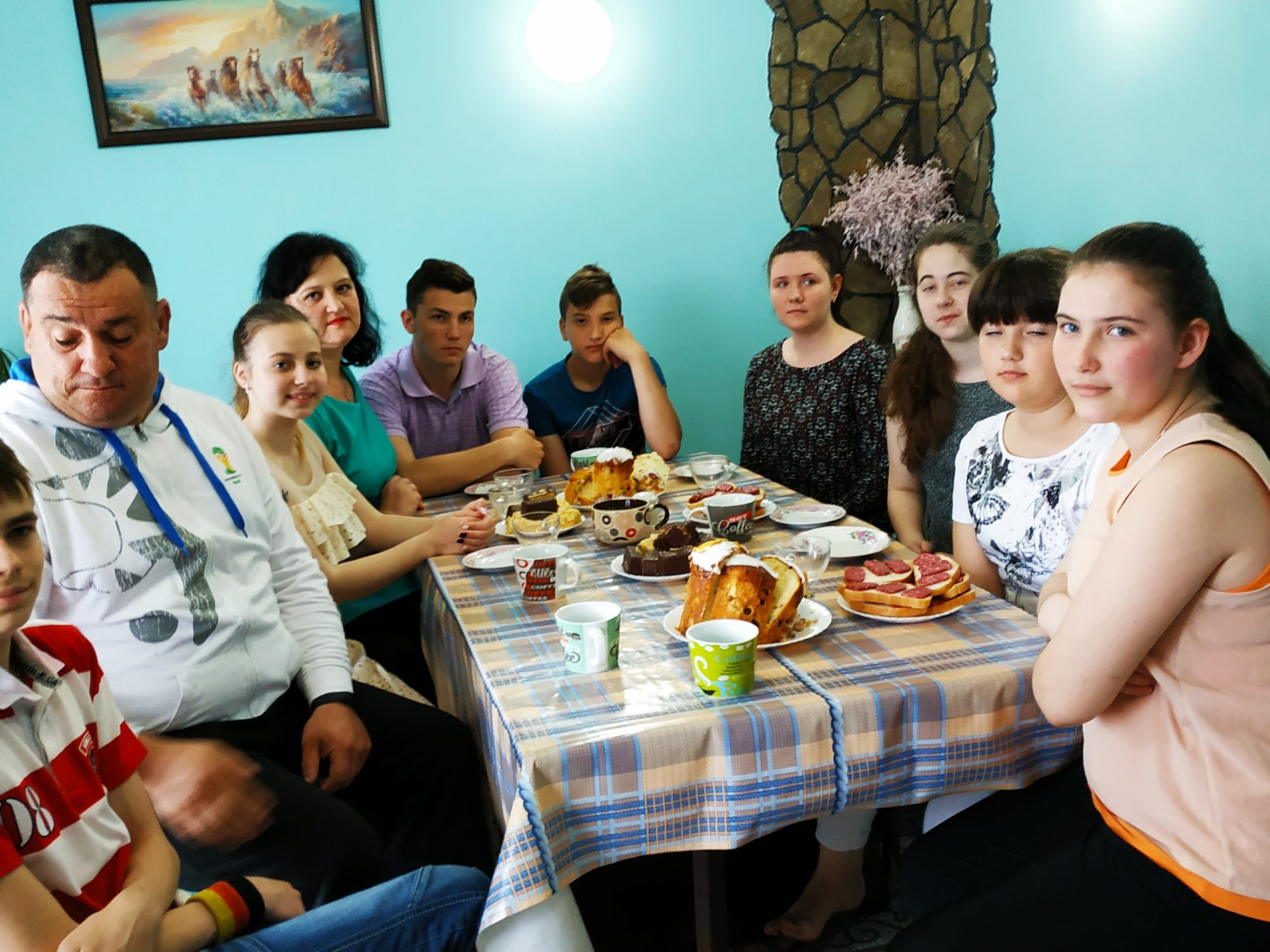Секрет дружної родини: головне – це любити дітей - київщина, дитячий будинок сімейного типу, Вишгородський район - 0515 Bondarenky osn 1 2000x1500