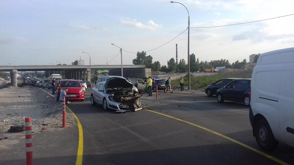 Смертельна аварія неподалік Вишгорода - смертельна аварія, київщина, ДТП, Вишгородський район - 0517 Avariya Bogatyrska3