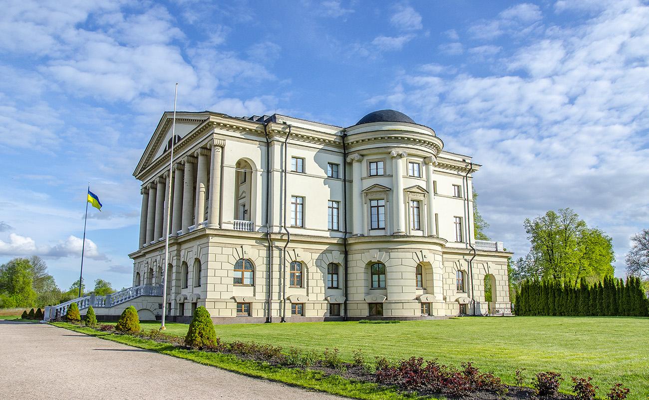 148241_original.jpg.pagespeed.ce_.BWPtnulQM_ Найкрасивіші палаци України